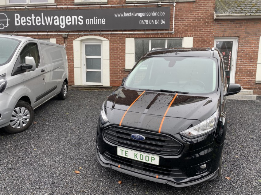 Ford Transit Connect Sport / FULL OPTION (zwart)