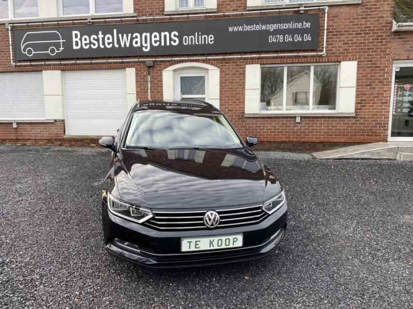 Volkswagen Passat Full Option (zwart)