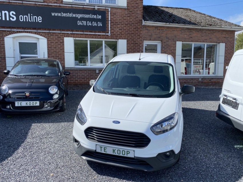 Ford Transit Courier (wit) VERKOCHT