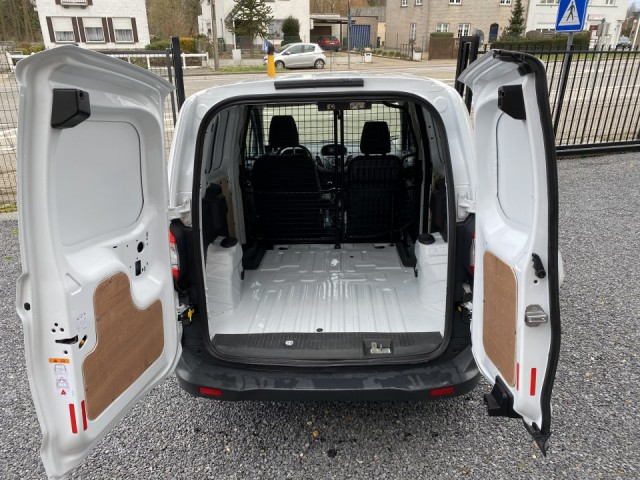 Ford Transit Courier (wit)